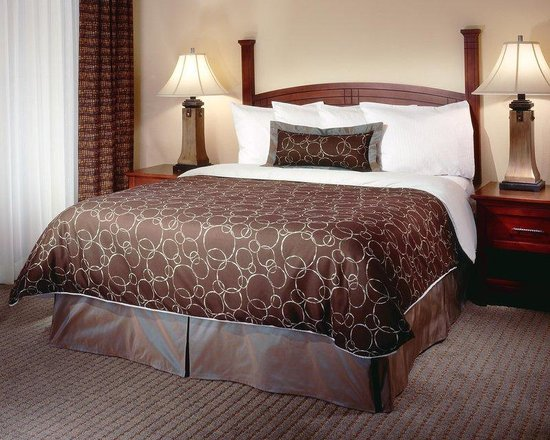 Staybridge Suites Rocklin - Roseville Area: Many different bed options when you stay at Staybridge in Rocklin, CA.