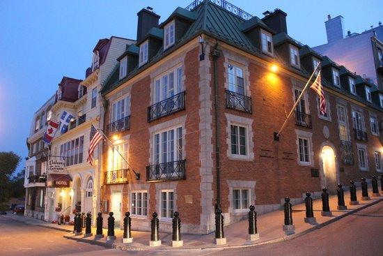 Hotel Terrasse Dufferin: Frente do Hotel