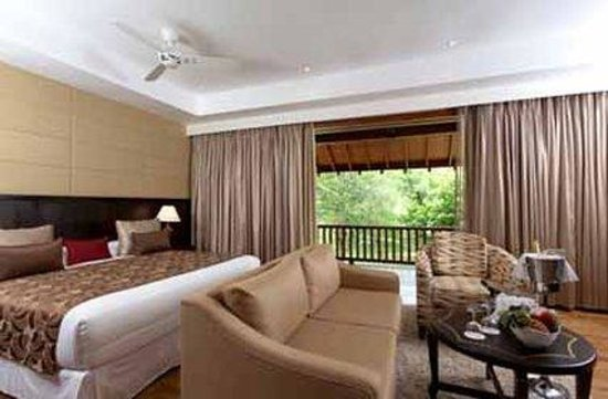 Amaya Lake: Luxury Villa