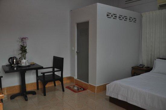 Angkor Honey Villa: Rooms