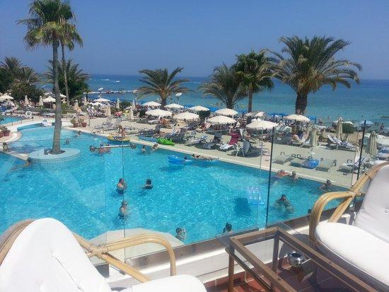 Sunrise Beach Hotel: Swimming pool