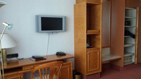 Hotel Mondial: Zimmer 615