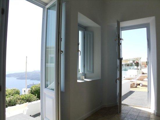 Aria Suites: 部屋から海が見えます