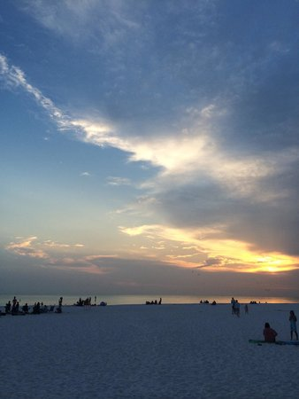 Sandbar Restaurant: Sunset from the Sandbar