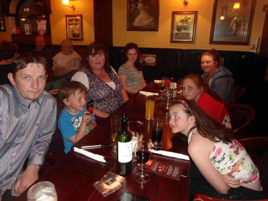 Crockets on the Quay: Family Dinner
