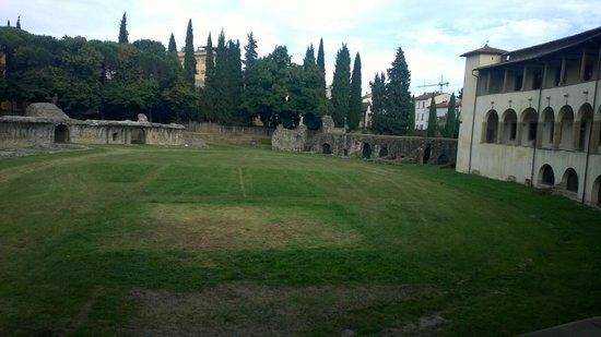 Piazza Grande : anfiteatro
