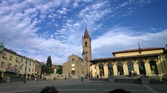 Piazza Grande : piazza sant'Agostino