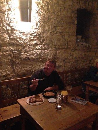 Hotel Adalbert: Dinner at Pub located at Hotel