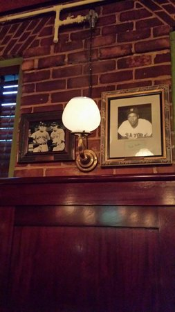 Mike's American Grill : I think those are real gas lights. Loved the atmosphere