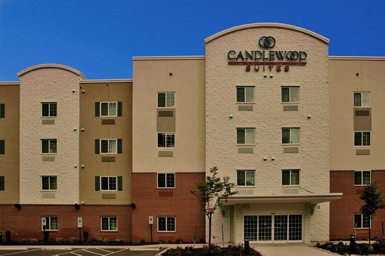 Candlewood Suites Richmond Airport : Hotel Exterior