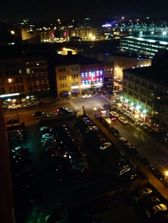 Omni Severin Hotel : View from our balcony at night