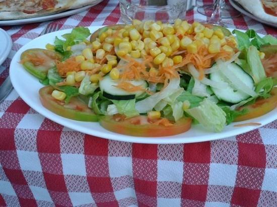 El Patio Plaza : gourgeous salad €6.50