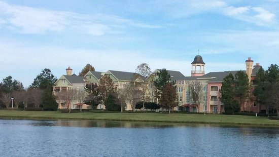 Disney's Saratoga Springs Resort & Spa : Saratoga Springs Resort