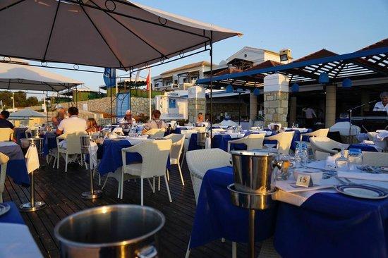 Aldemar Royal Mare Thalasso Resort : Ready for the fishnight!