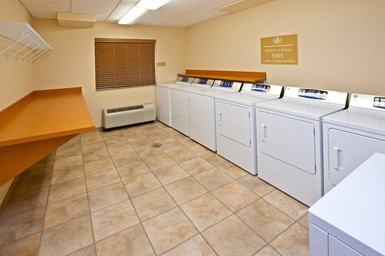 Candlewood Suites Lexington: Complimentary Laundry Facility