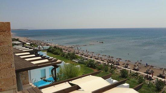Atrium Prestige Thalasso Spa Resort and Villas: vue de la terrasse de la chambre