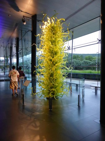 The chihuly greets everyone picture of corning museum of - Chihuly garden and glass discount tickets ...
