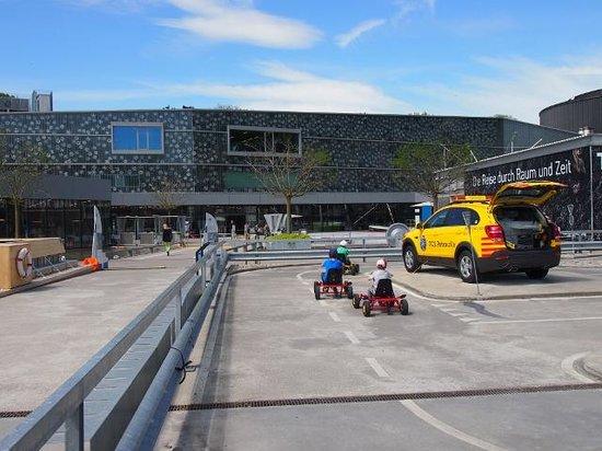 Verkehrshaus der Schweiz: 交通遊園