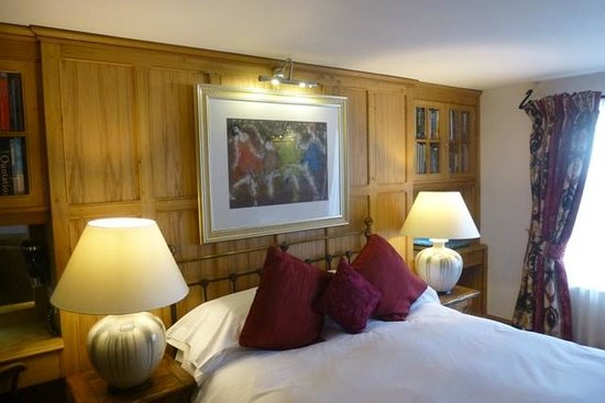 Swan House Boutique Inn: William's Room