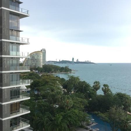 Pullman Pattaya Hotel G: pattaya bay view