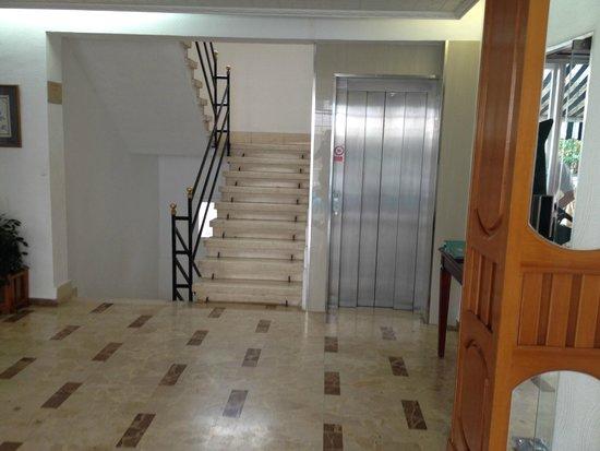 Hotel Palma Mazas: scale o elevator