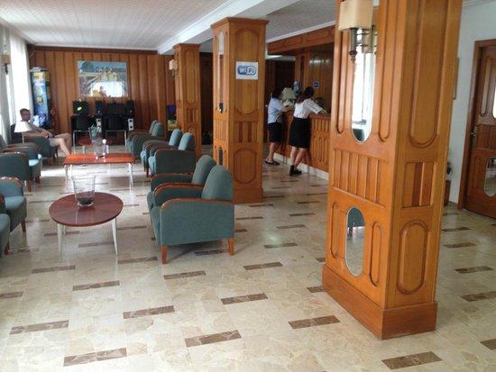 Hotel Palma Mazas: hall