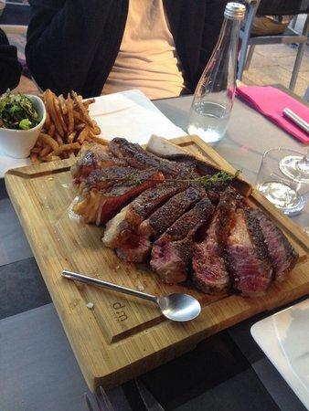 La Table de Florence : Côté de bœuf et son os à moelle