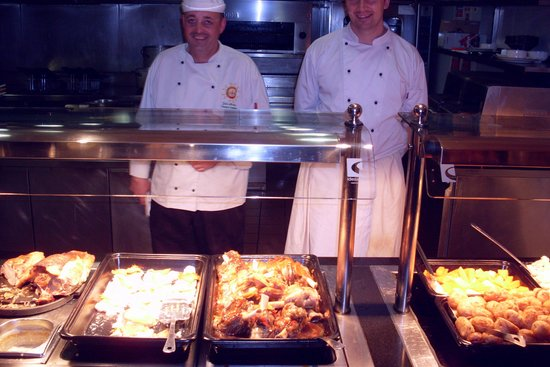 Killarney Towers Hotel & Leisure Centre: Service with a smile