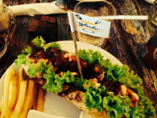 Wacko Burger Cafe: So good!