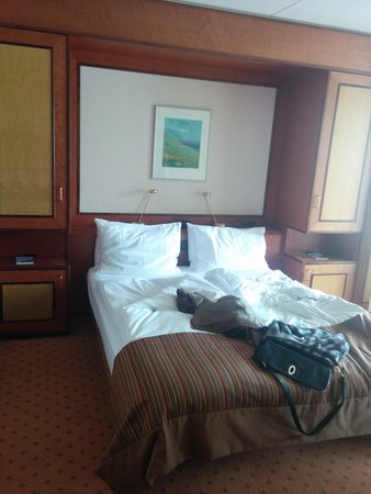 Eurotel Riviera Montreux: the bed