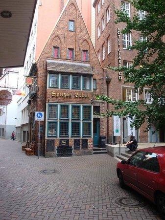 Radisson Blu Hotel, Bremen: Spitzen Gebel - 14 Century Gothic Townhouse