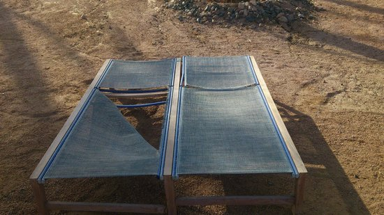 Le Meridien Dahab Resort: leżaki na plaży