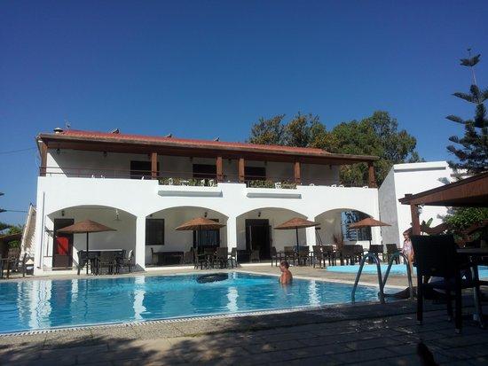 Vallian Village Hotel : pool