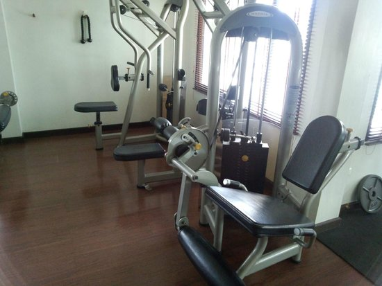 SALA Samui Choengmon Beach Resort : Gym
