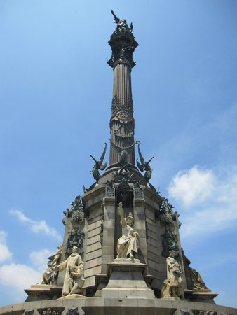 Columbus Monument : Parte superior