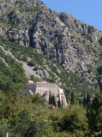 Dubravka, Croatia: de uitkijktoren en musea SOKOL