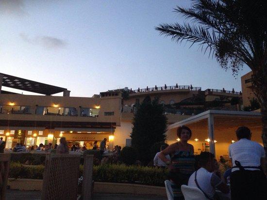 Sea Side Resort & Spa: Restaurant principal
