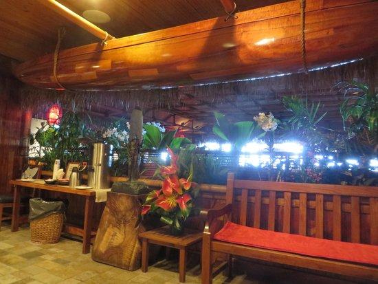 Duke's Waikiki : 雰囲気の良い店内入口