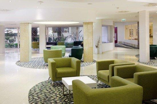 Holiday Inn Algarve - Armacao de Pera: Hotel Reception area