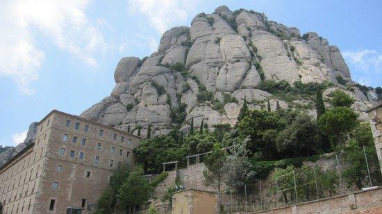 Montserrat Monastery : Vista del entorno