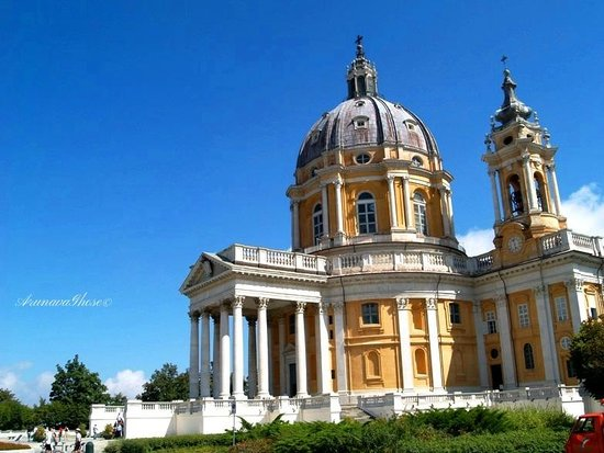 Basilica di Superga : The beautiful cathedral on top of the hill