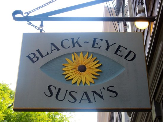 Black-Eyed Susan's : Great breakfast & Dinner