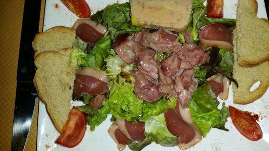 Assiette de saumon fum entr e picture of le gril des barbares senlis - Le grill des barbares ...