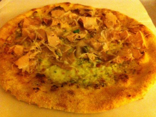 Idea Pizza : Novità : la ragusana, con crema di pistacchio e porchetta