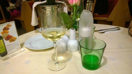 Hanas Rasoi: Il tavolo