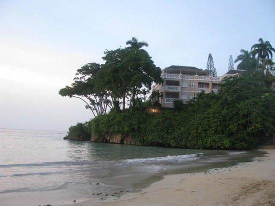 Couples Sans Souci: Beach area