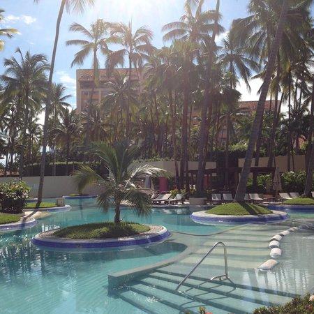 The Westin Resort & Spa Puerto Vallarta: Poolside