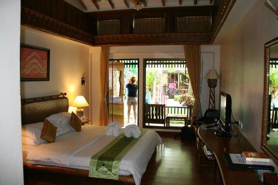 Chaba Cabana Beach Resort : Huisje van binnen