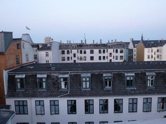 Hotel Kong Arthur: vue de la petite terrasse