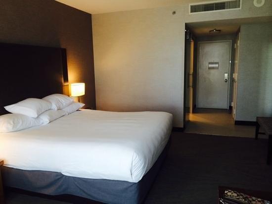 Hyatt Regency La Jolla at Aventine: comfy bed